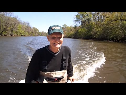 On The River Metal Detecting and Exploring w/Steve