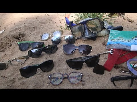 River Treasure: Sunglasses, Fishing Lures, Fishing Rod And MOAR!,