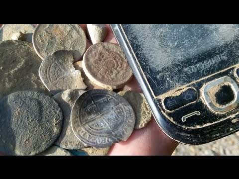 Near perfect day Metal Detecting!  Metal detecting UK # 99