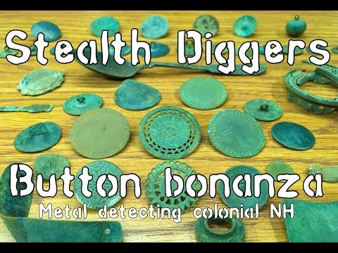 #159 Button bonanza – Metal detecting a barn site loaded with buttons colonial and more NH
