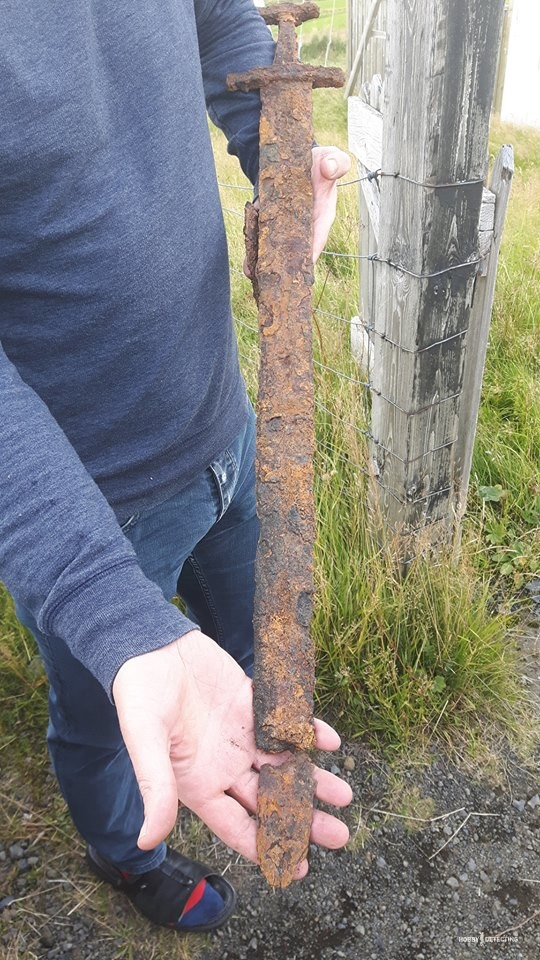 Viking sword found in Iceland (+ photos)