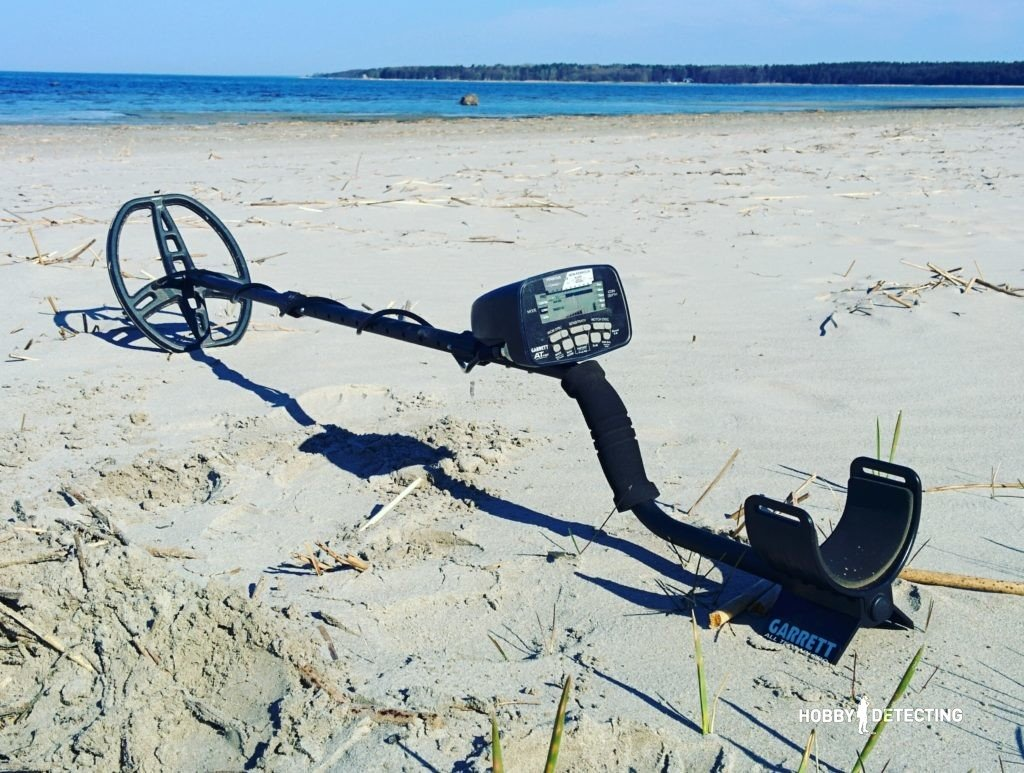 Which metal detector to choose in 2017? (The best Metal Detectors) Garrett AT PRO review