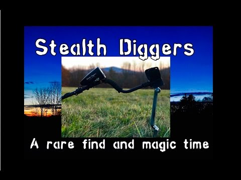 #176 A rare find and magic time – Metal detecting NH RARE US Military find