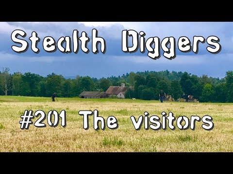 #201 The visitors – Metal detecting NH with friends from SDN cellar holes farm fields