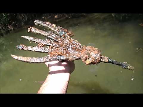 Metal Detecting In The River for Treasure