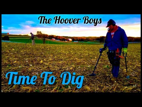 Treasure Hunters find Coins from the 1700's Metal Detecting a Corn Field | Time To Dig