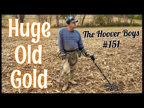 Metal Detecting Gold, 1700's Coins, and Relics at the BIG Farm | Huge Old Gold