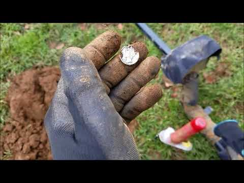 Missed Coins at my Honey Hole School – Metal Detecting Oregon