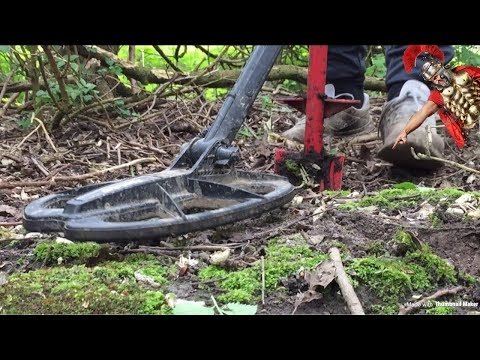 METAL DETECTING UK ANCIENT HONEY HOLE THROWS UP THE GOODS