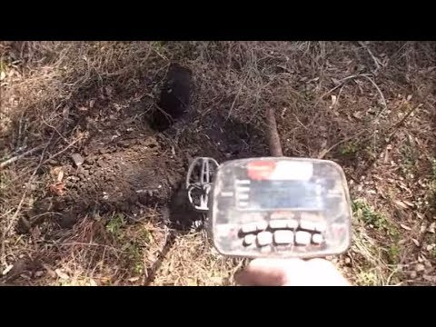 Metal Detecting Colonial Artifacts And Coins!