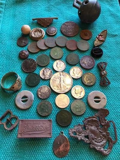 Amazing weekend with BIG silver and even BIGGER Gold with Minelab Equinox 600