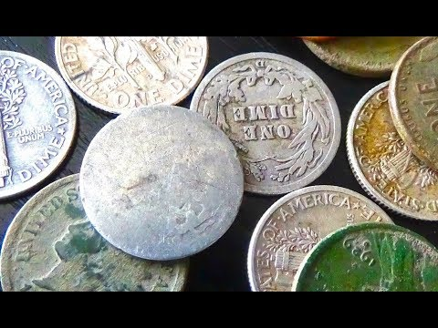 TONS of Old Coins Found Metal Detecting Texas!