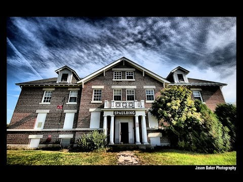 Metal Detecting Hunt #99 – Night hunt at the Asylum