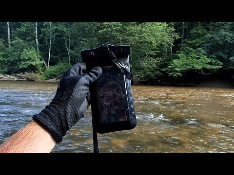 I Found a Lost Phone in the River! It Still Works!