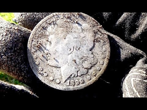 WE FOUND A MORGAN DOLLAR! Metal Detecting For Old and Silver Coins with Pastor Bob and Jim!