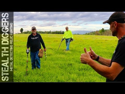 Its all about the shoe – having fun metal detecting with friends