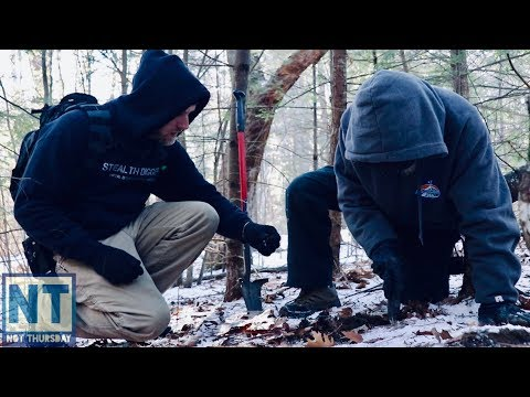 Metal detecting a cellar hole & its freezing cold in NH – Not Thursday #105 Digging buttons