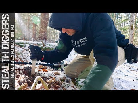 Were still going metal detecting cellar holes in winter #275 NH woods Relic hunting in the snow