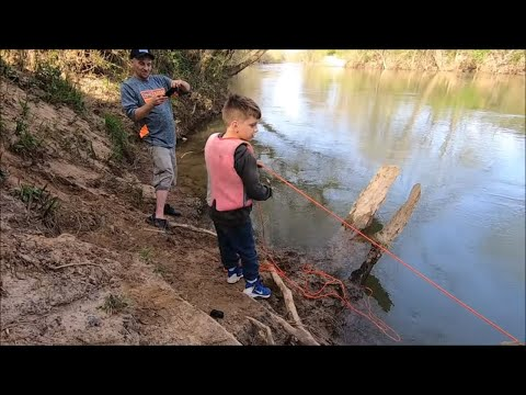 Digging Bottles And Magnet Fishing, Finding Guns